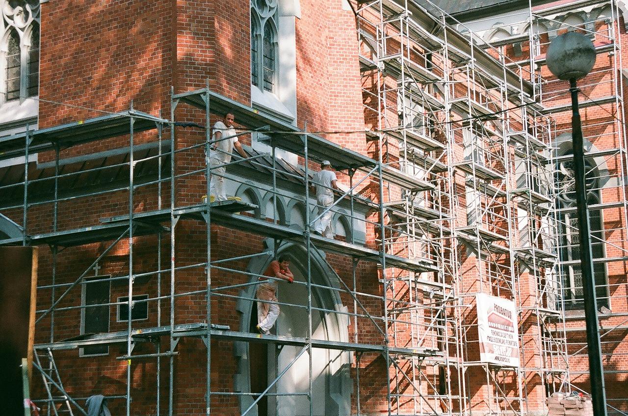 Refaire l'étanchéité de sa façade : comment procéder ?